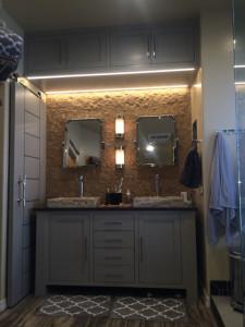 duane_W_bathroom